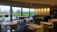 Carrelage en Grès cerame 30 x 60 cm dans cafeteria